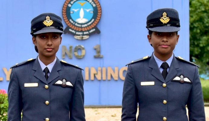 Two female officers commissioned as pilots for first time in SLAF history